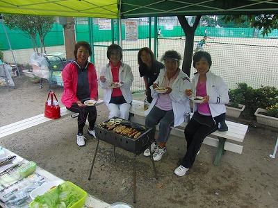 BBQ女性たち